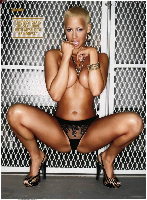 Amber-Rose-Naked-Talk-about-Sex