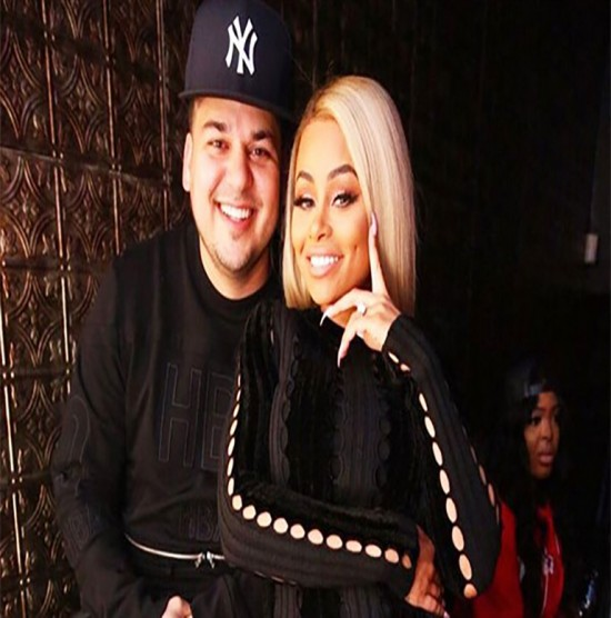 blac-chyna-rob-kardashian-engaged-md-e1460087665566-550x556