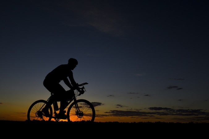bicycle-rider-1740730_960_720