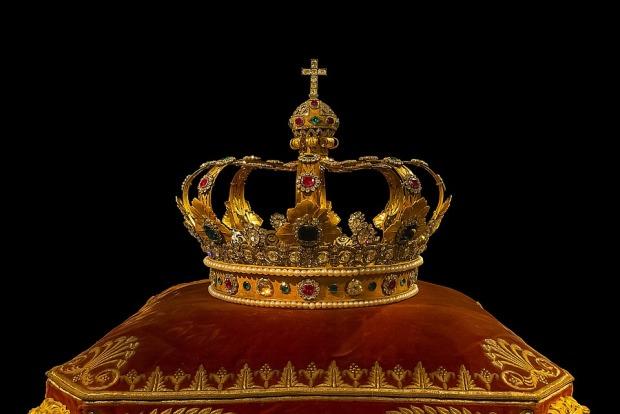 crown-759296_960_720