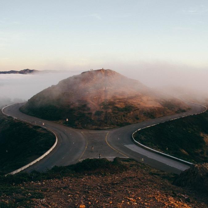 forking-road-839830_960_720.jpg
