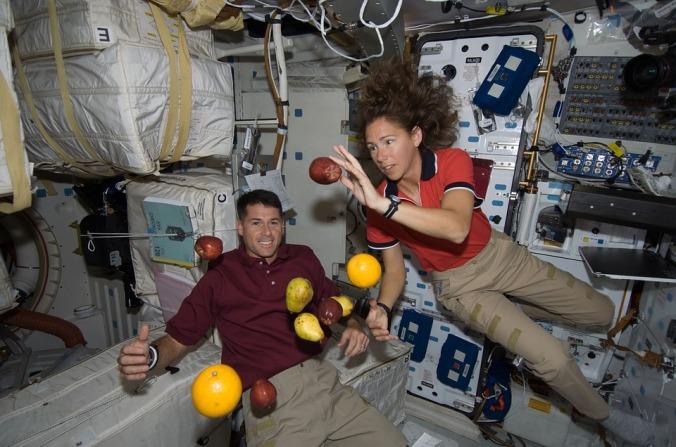 astronaut couple.jpg