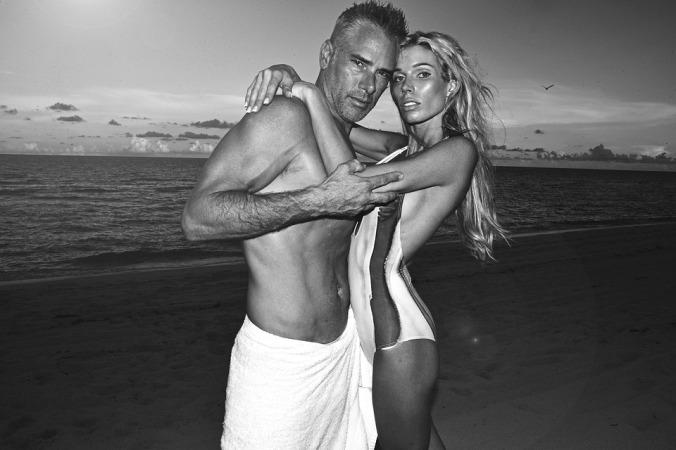 beach couple black and white