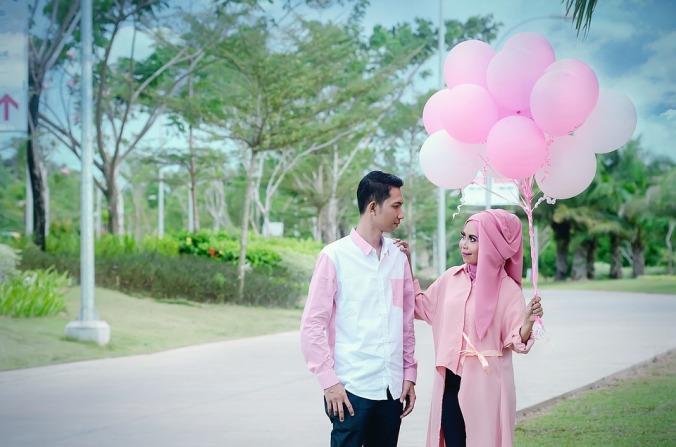muslim pair in pink.jpg